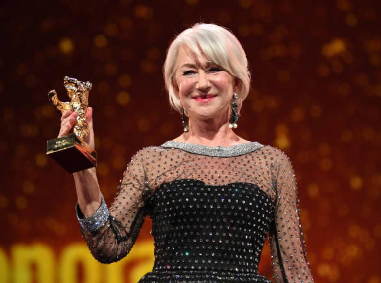 Helen Mirren premio alla carriera alla Berlinale 2020 e l'elogio all'Italia «Adoro Checco Zalone e la Puglia»