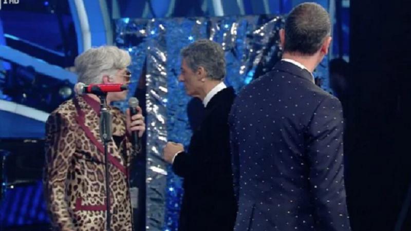 """Sanremo 2020 lite Bugo e Morgan squalificati «Rispetta chi ti ha portato sul palco» Morgan cambia testo di """"Sincero"""""""
