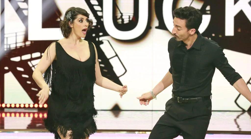 """Ballando con le stelle 2020 sesta puntata, le anticipazioni, Edoardo Leo e Marco Giallini presentano """"Ritorno al crimine"""""""