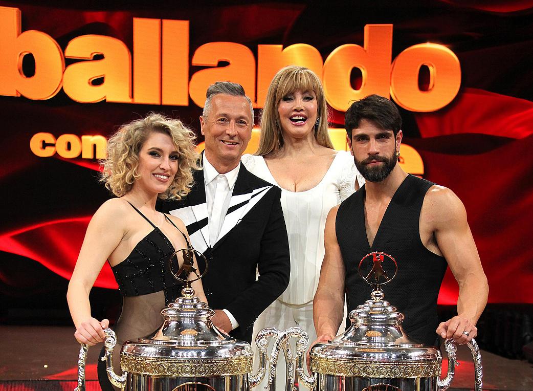 Ballando con le Stelle 2020 replica ultima puntata su Rai 1