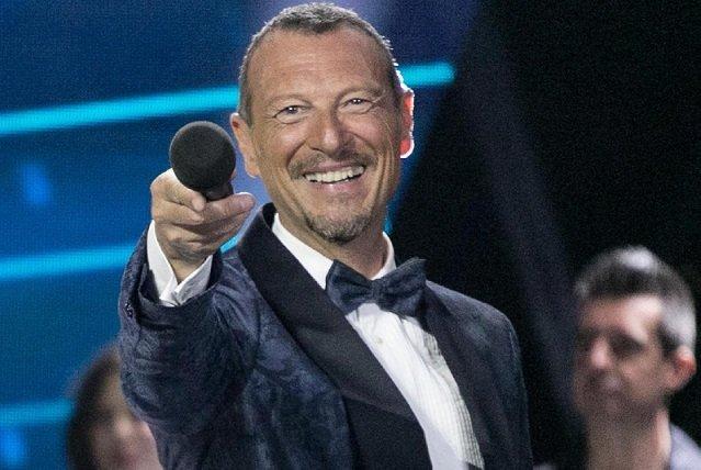 L'anno che verrà 2021 ospiti e cantanti di stasera