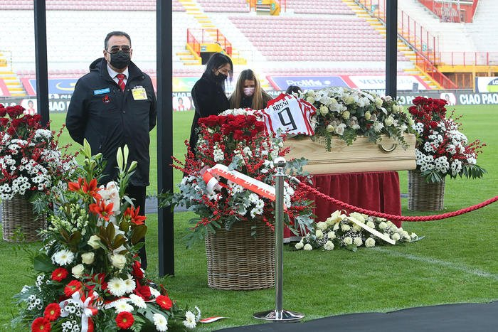 paolo-rossi-funerali-in-tv