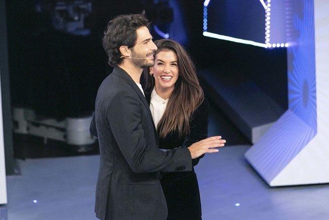 C'è Posta per Te 2021 ospiti seconda puntata, stasera Giulia Michelini e Marco Bocci (FOTO)
