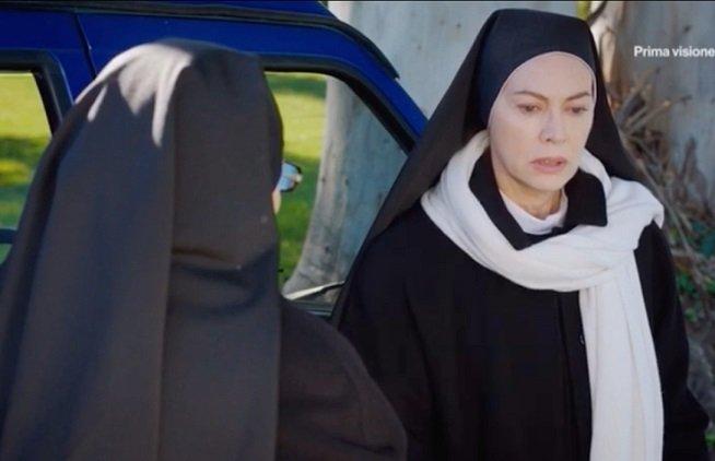 Che Dio ci Aiuti 6 anticipazioni ottava puntata: Suor Angela è gelosa di Erasmo e Primo