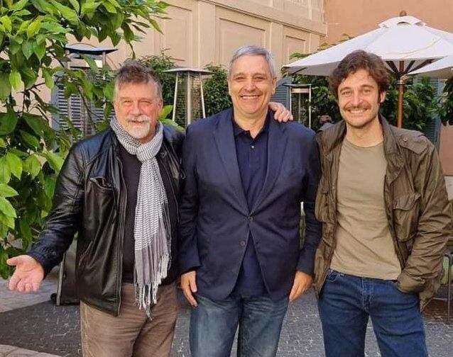 Il Commissario Ricciardi 2 Alessandro D'Alatri lascia la fiction con Lino Guanciale. Ecco perché non sarà il regista della seconda stagione