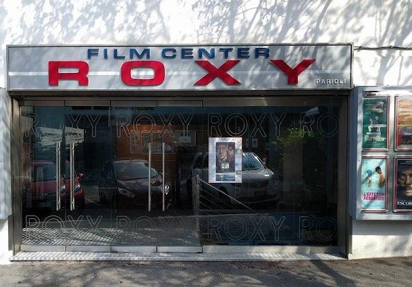 Cinema Roxy chiude, è crisi Covid nelle sale. Gli appelli non bastano e la gente resta a casa