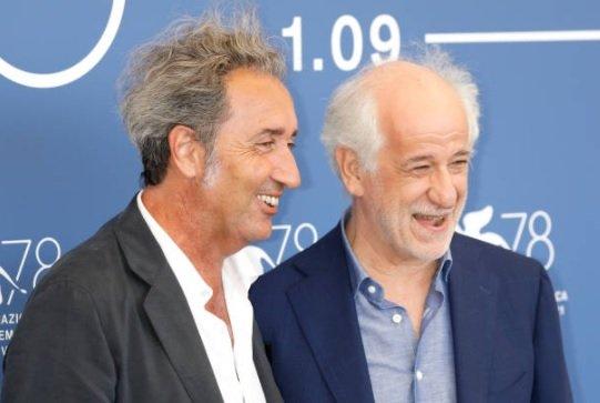 """Venezia 78 red carpet del 2 settembre """"È stata la mano di Dio"""" FOTO"""