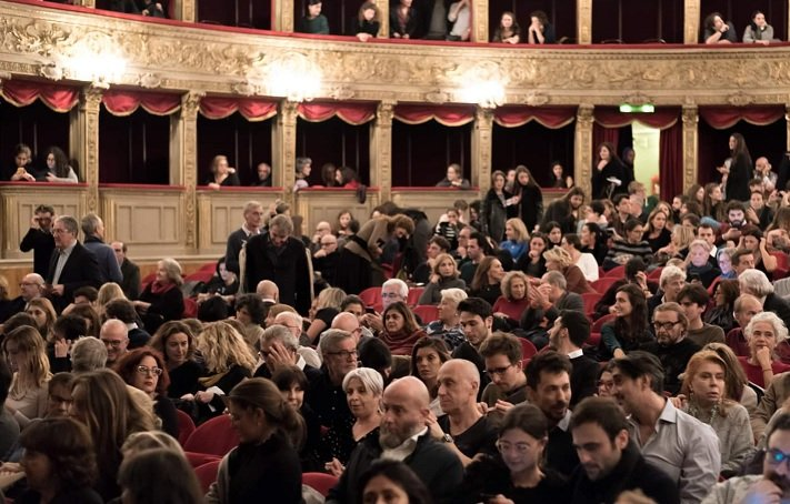 Cinema e Teatri capienza massima, quando riapriranno al 100%