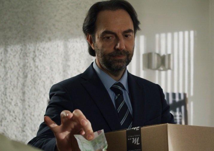 """Purché finisca bene replica """"Digitare il codice segreto"""" in streaming e su Rai Premium"""